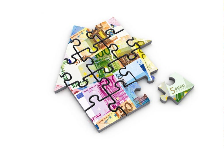 house shaped jigsaw