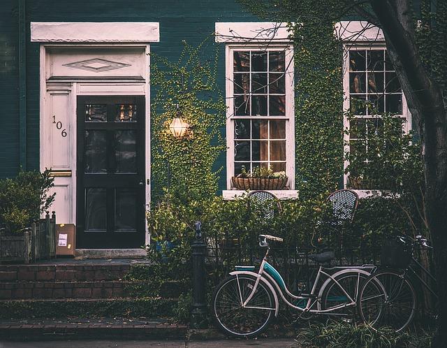 House and Bike